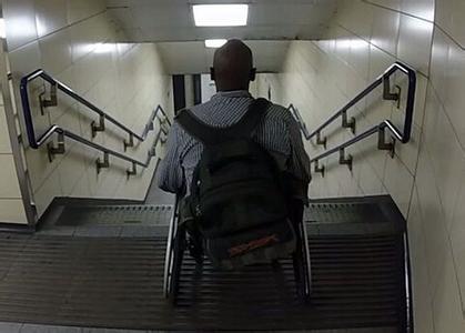 误诊坐43年轮椅